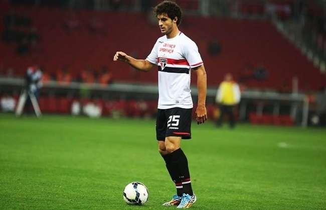 São Paulo viaja para jogo em BH com reforços na defesa