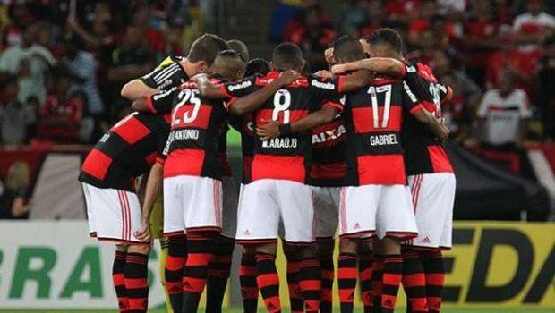 Flamengo bate Coritiba nos pênaltis e vai às quartas