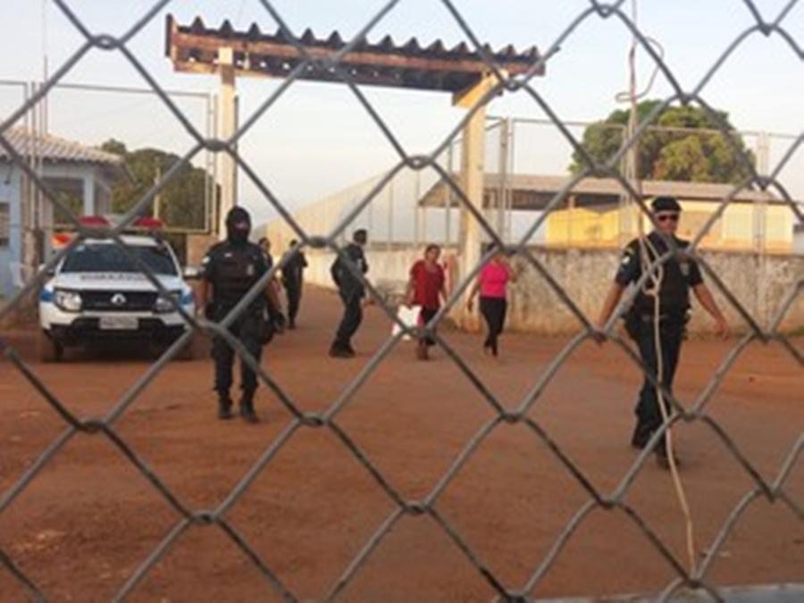 Rebelião em presídio de Roraima termina com 25 mortos
