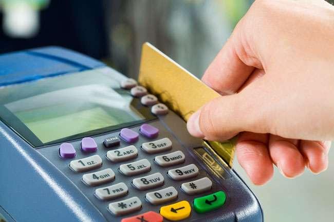 Mulher será indenizada por ter apenas R$ 1 de limite no cartão de crédito