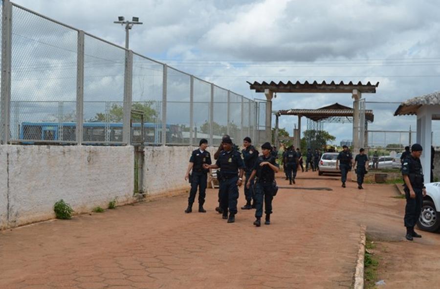 Forças Armadas iniciam varredura na penitenciária de Monte Cristo, em Roraima