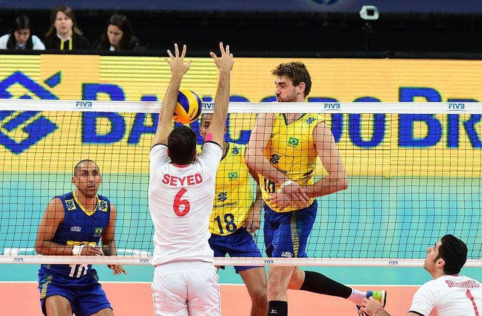 Sem sustos, Brasil derrota Irã em estreia na Liga Mundial