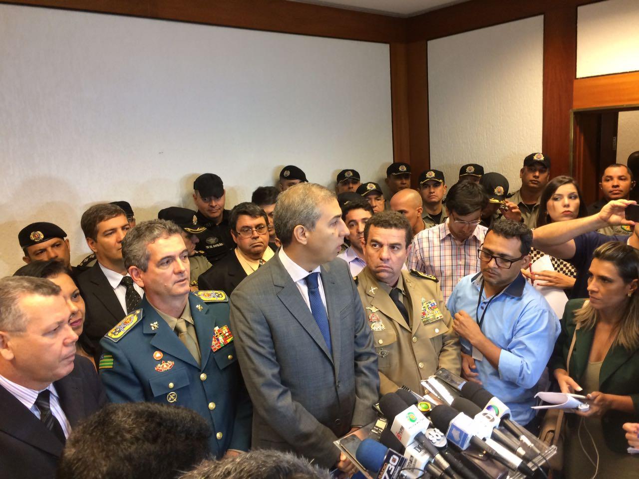 José Eliton faz duras críticas à ação da PF na Operação Sexto Mandamento