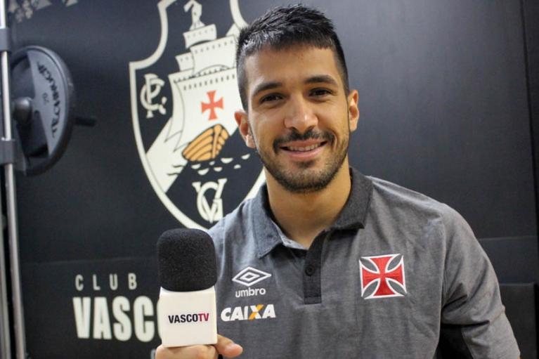 Luan elogia o Atlético-GO, mas garante: 'Vasco será campeão da Série B'