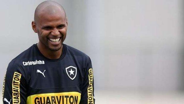 Jefferson sugere racha de time com diretoria do Botafogo