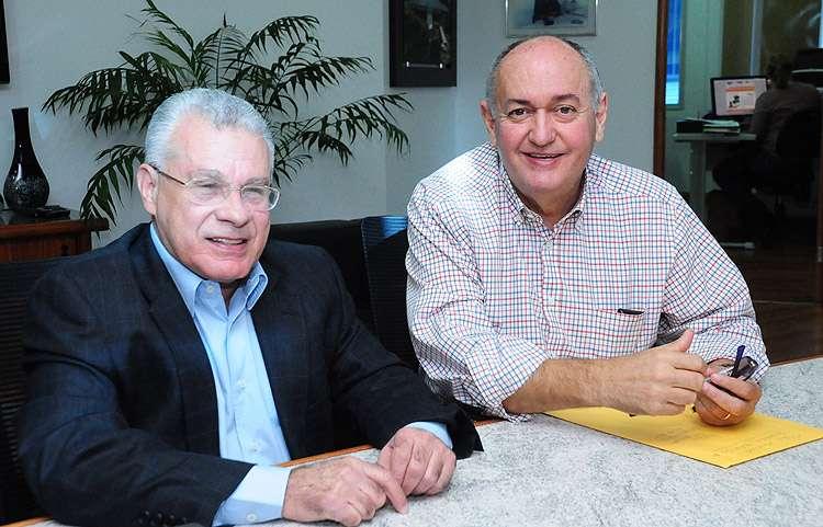 Prefeito de Quirinópolis anuncia saída do DEM e recebe convite para se filiar ao PSDB