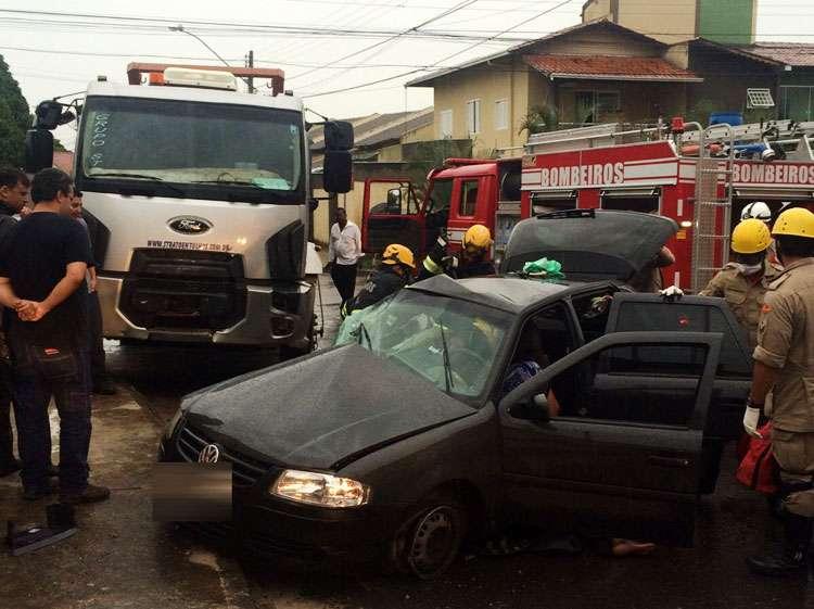 Acidente deixa quatro pessoas feridas no Jardim Planalto