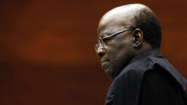 Barbosa se diz contra reeleição ao cargo de Presidência