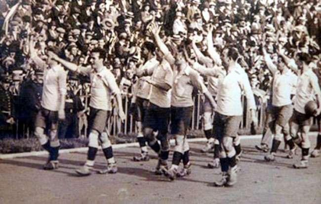 Brasil toma pior goleada desde 1920 para o Uruguai