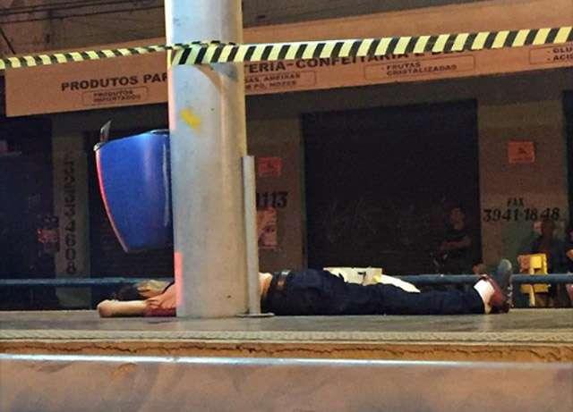 Duas pessoas são mortas a facadas no Eixo Anhanguera, em Goiânia