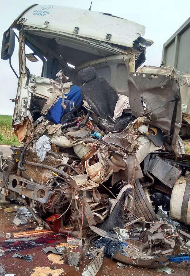 Acidente na BR-452, próximo a Maurilândia, deixa uma pessoa morta