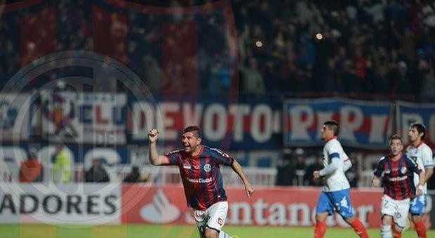 San Lorenzo vence em casa e leva título da Libertadores