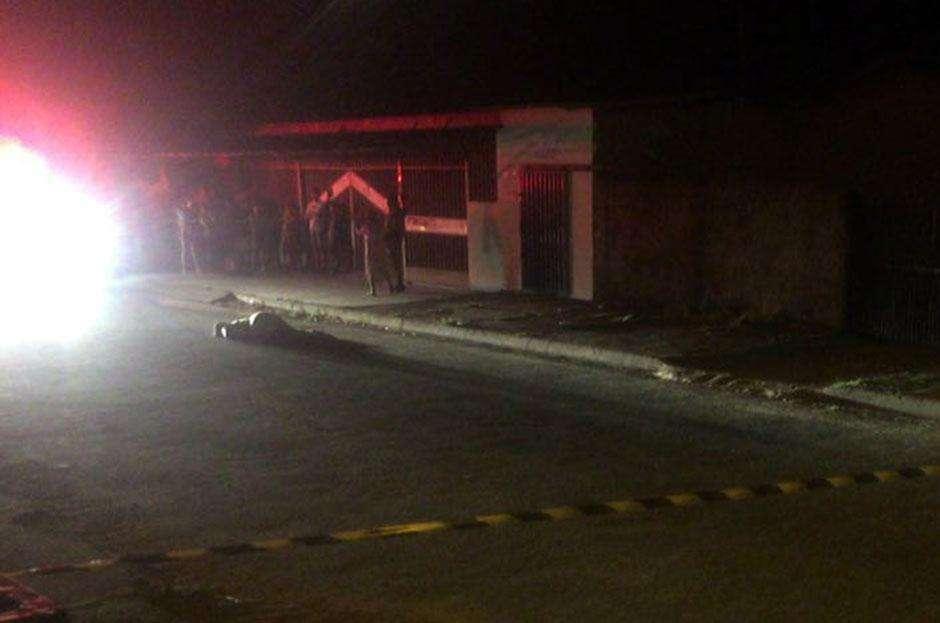 Mulher é morta a tiros na Vila Pedroso, em Goiânia