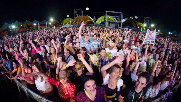 Caldas Novas recebe a 9ª edição do Caldas Country Show