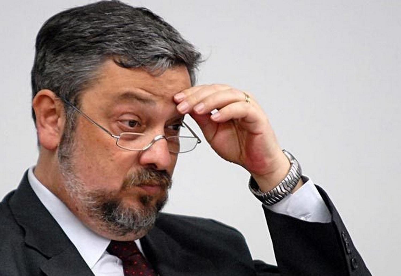Ministro do STJ nega novo pedido de liberdade para Palocci