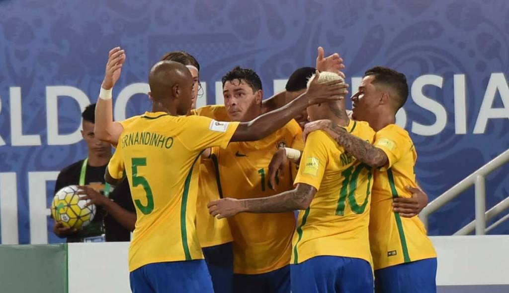 Brasil dá show e goleia a Bolívia por 5 a 0 nas Eliminatórias da Copa de 2018