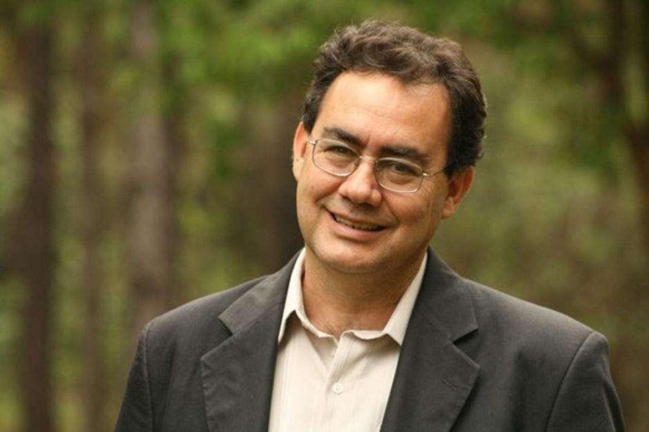 Augusto Cury ministra palestra no Teatro Rio Vermelho