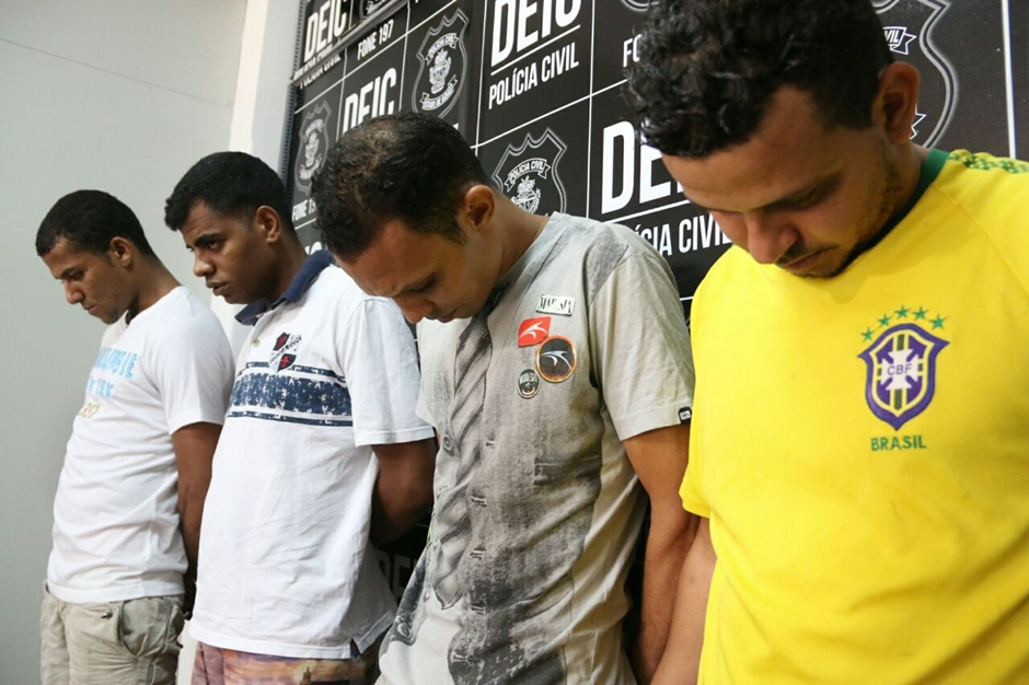 Polícia recupera carga roubada e prende quatro suspeitos