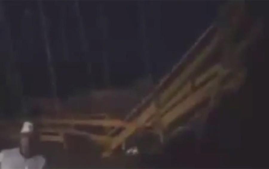 Pelo menos oito morrem e outros 30 ficam feridos após ponte cair na Indonésia