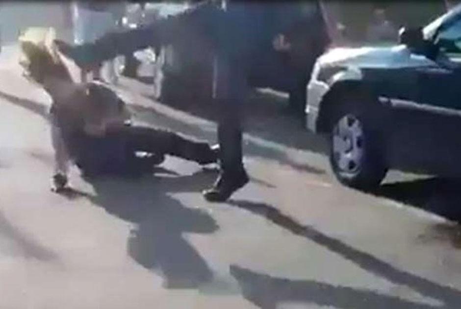 Vídeo mostra homem espancando mulher em Minas Gerais