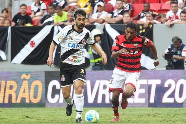Atlético arranca empate com Vasco e cai para 14º na Série B