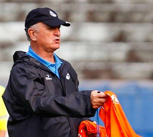 Com quatro desfalques, Grêmio joga contra o Goiás fora