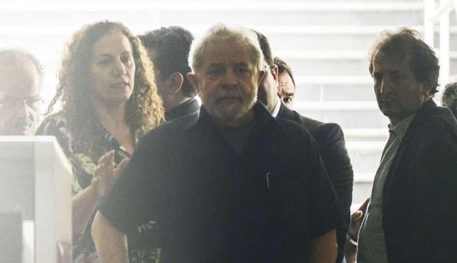 Juízes e procuradores rebatem Lula e negam viés político da Lava Jato