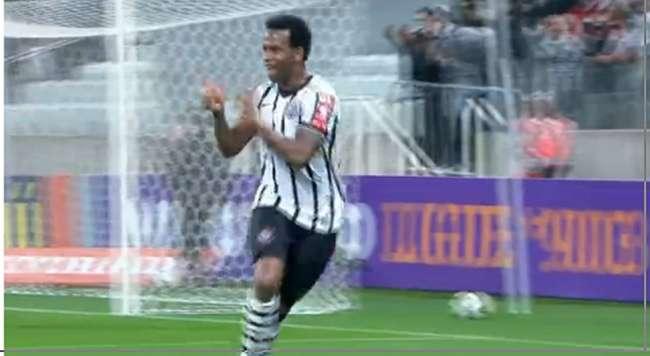 Corinthians empata e perde chance de encostar na ponta