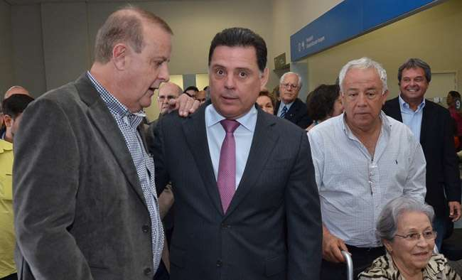 Prefeito Paulo Garcia elogia o governador pela qualidade do Hugol
