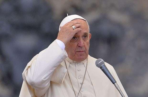 Papa condena decapitações comandadas pelo Estado Islâmico
