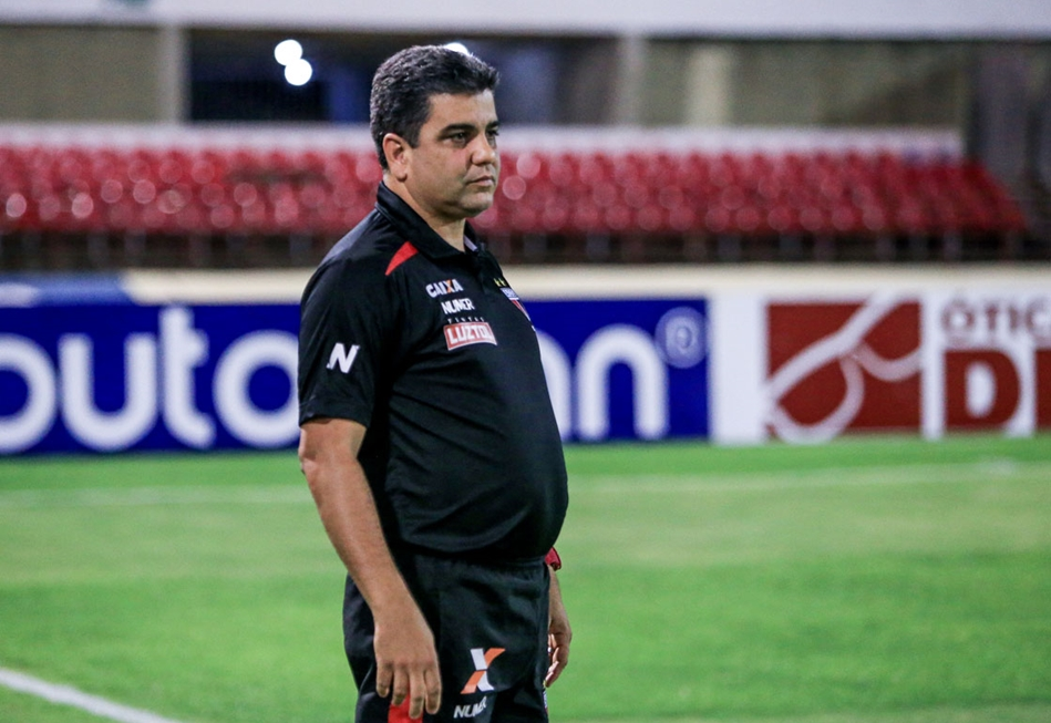 Técnico do Atlético Goianiense é encontrado