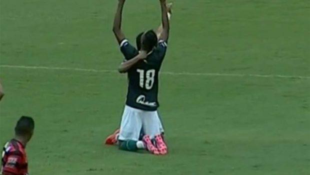 Com gol de Bruno Henrique, Goiás vence o Atlético no Serra Dourada