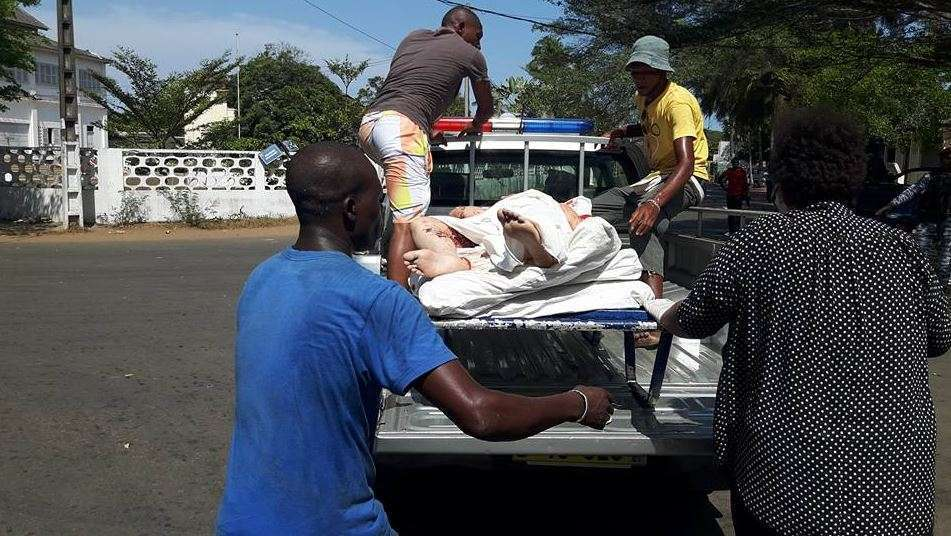 Atentado terrorista na Costa do Marfim mata 22 pessoas
