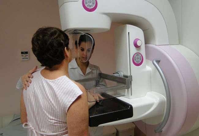 Brasileiras fazem três vezes menos mamografias do que recomenda a OMS