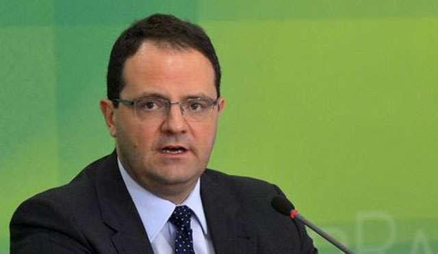 Dilma dá posse hoje ao novo ministro da Fazenda