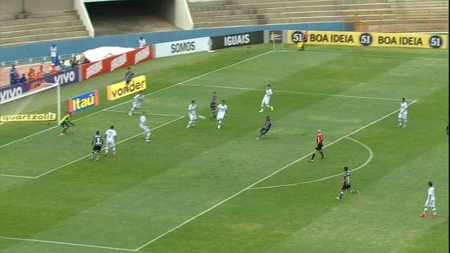 Corinthians empata com Goiás e desperdiça chance de alcançar o G4