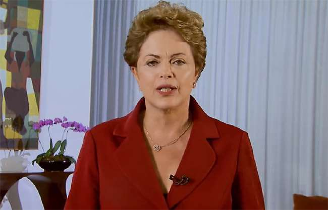 Em vídeo na Internet, Dilma fala sobre a valorização do salário mínimo no 1° de maio
