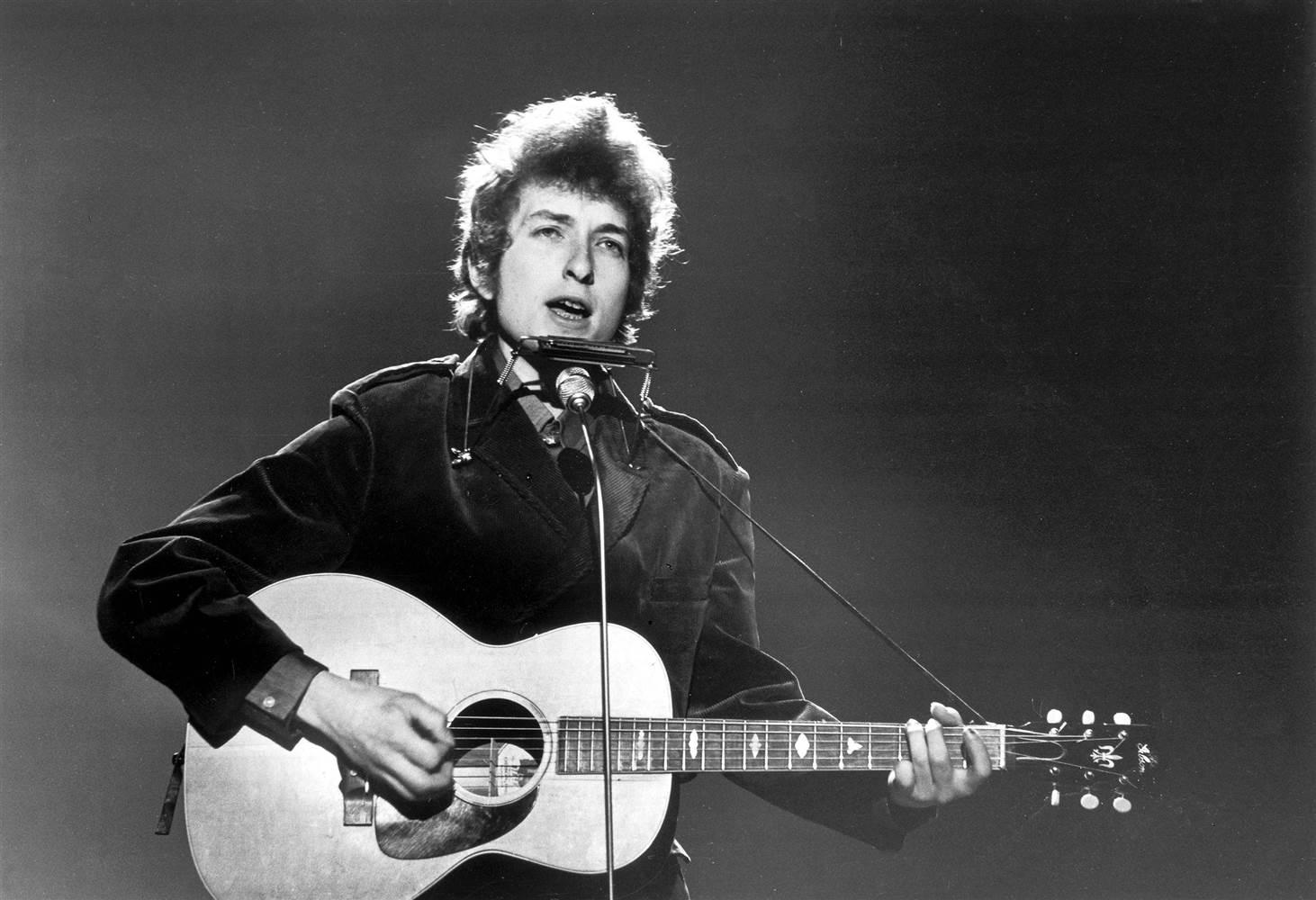 Estudiosos provam que poesia de Bob Dylan é digna de prêmio