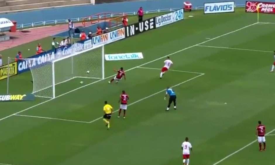 Vila Nova derrota o Atlético-GO e mantém chance de classificação