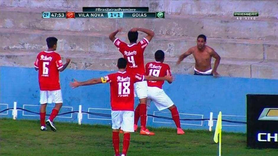 Com gol no fim, Vila Nova arranca empate em clássico contra o Goiás