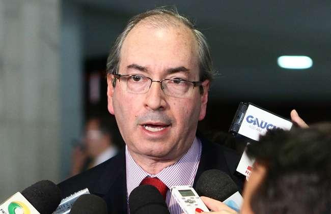 Câmara não vai ficar refém dos que ficam contrariados com votação, diz Cunha