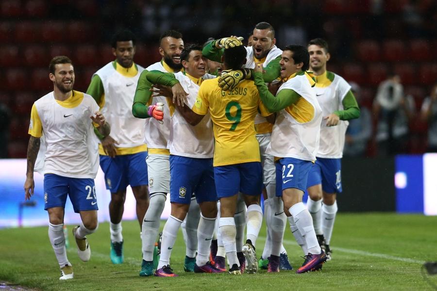 Gabriel Jesus supre ausência de Neymar e Brasil terá um grande teste em novembro