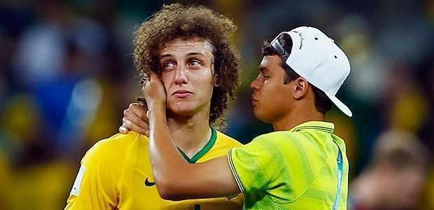 David Luiz chora e diz: 'Só queria dar alegria ao povo'