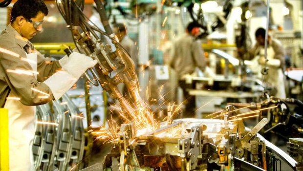 Indústria fraca reduziu participação de municípios industrializados no PIB