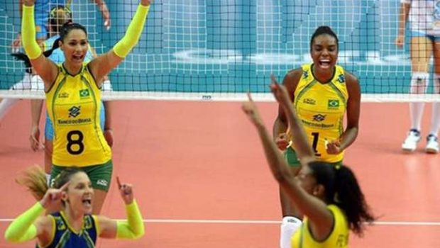 Brasil tem trabalho, mas vence a 6ª no Mundial de Vôlei