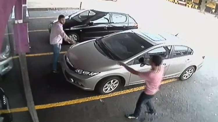 Câmeras registram assalto na Avenida Consolação