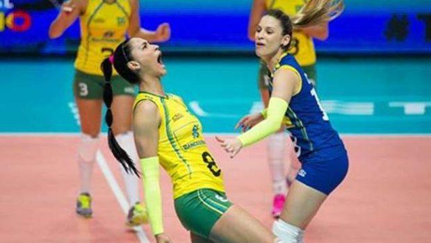 Brasil dá show e fica perto da semi do Mundial de Vôlei