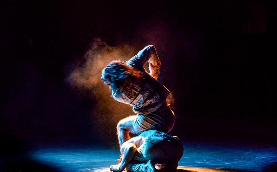 João Paulo Gross apresenta espetáculo de dança contemporânea O Crivo