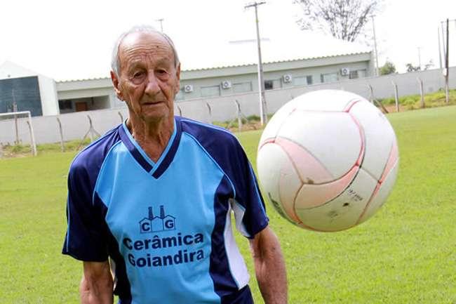Goiandira: Morre jogador mais velho do mundo