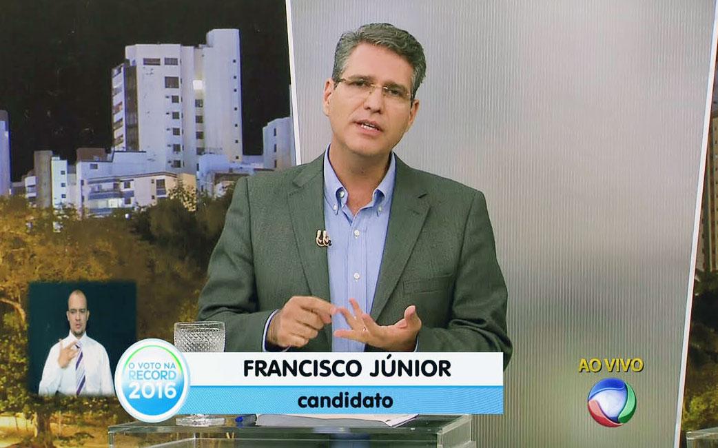 Francisco Jr destaca soluções para a saúde em debate da TV Record